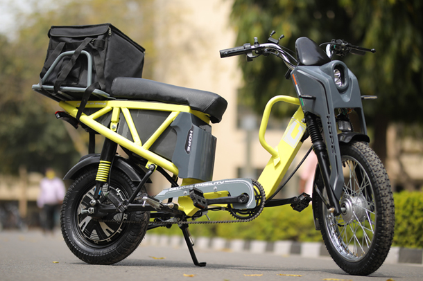 Eco-friendly scooter for last mile delivery and personal commute